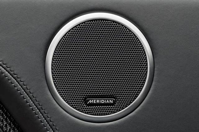 MERIDIAN™ SOUND SYSTEM