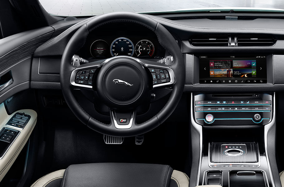 Jaguar XF Interior | Features | Jaguar Ireland | Jaguar Ireland
